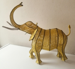 Beautifully hand crafted wire animals & ornaments