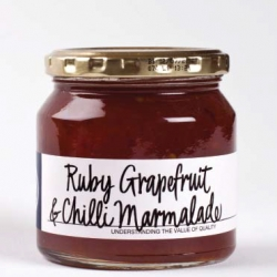 RUBY GRAPEFRUIT AND CHILLI MARMALADE